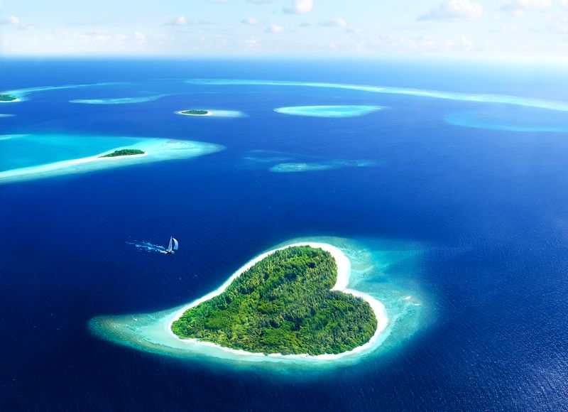 Medeni mjesec na srcolikom ostrvu