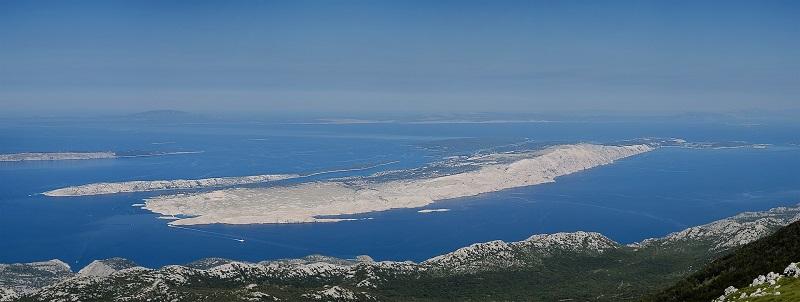 Otok Rab jedan je od manjih otoka u kvarnerskom prostoru s provršinom nešto većom od 85 km2