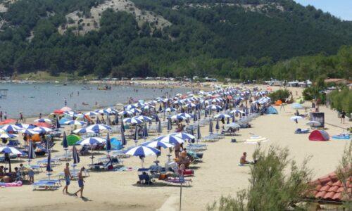 Plaža Punta rat - Brela, Hrvatska